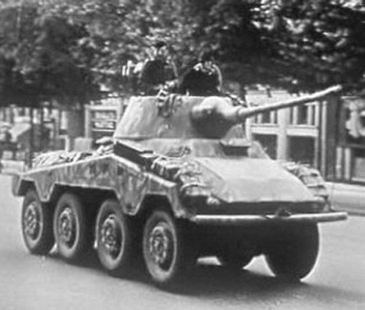 """Sd.Kfz. 234/2 Schwerer Panzerspähwagen """"Puma"""" - Die goldgelben Seiten"""